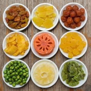 انواع میوه خشک در معتبرترین فروشگاه ها